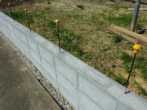 ブロック塀鉄筋