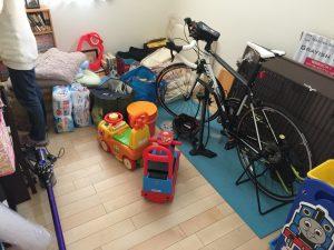 荷物がたくさんの部屋